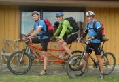 Dad-Anna-and-Pete-our-trusty-single-support-rider-leaving-Rock-Hut-web-version